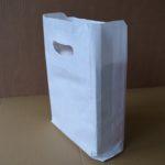 bolsa papel blanca con asa riñón
