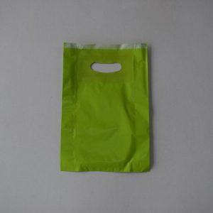 bolsa papel verde con asa riñón